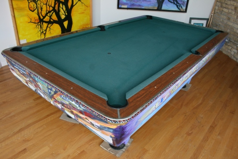 The pool table bumper is meticulously detailed.